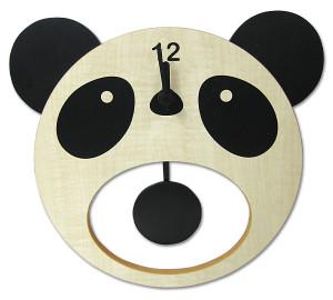 お口あんぐりパンダの振り子時計。