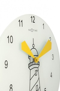 NEXTTIME製 灯台の光が時間を示す時計 「Lighthouse 8808 」