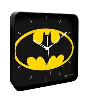 アメコミ好き必須アイテム、バットマンのスクエアウォールクロック。