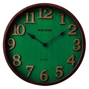 森林を想わせる「緑」の時計。