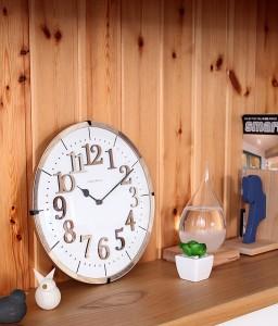 素材の組み合わせが美しい ナチュラルテイスト電波時計 Tiel(ティール)