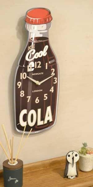 NEWGATE製 コーラボトルをモチーフにした涼しげなウォールクロック
