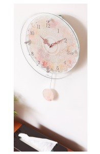 ガーリーテイストを詰め込んだ高機能電波時計 leonora(レオノーラ)